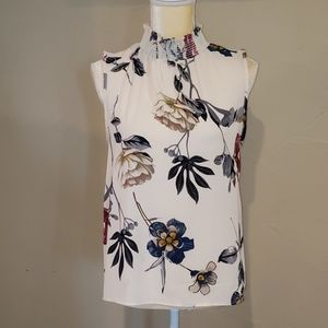 Lelis high neck elastic sleeveless top